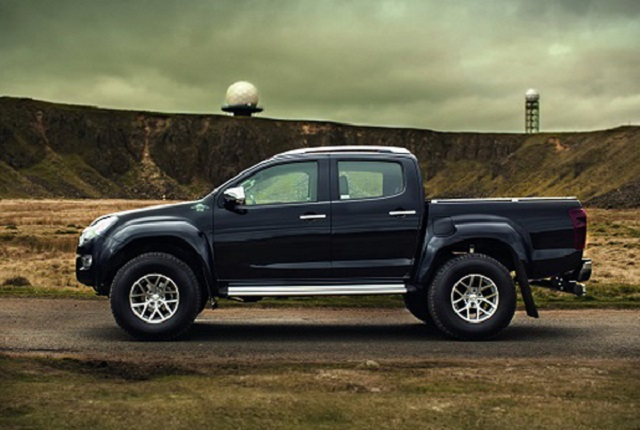 2019 Isuzu D-max side view