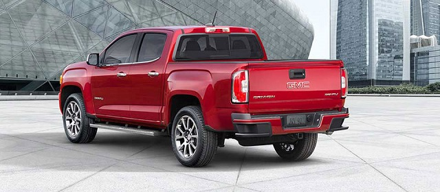 2019 GMC Canyon rear view