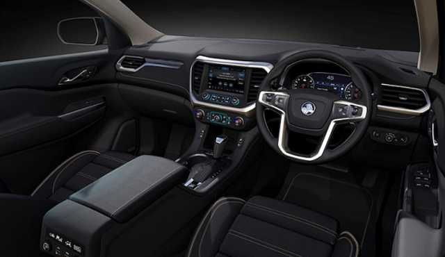 2019 holden Colorado interior