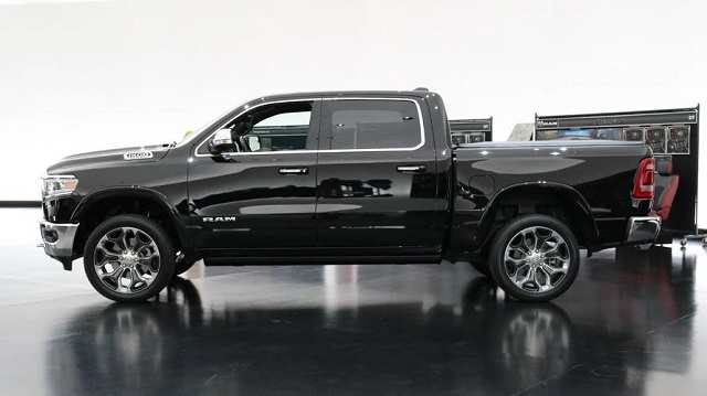 2019 RAM 1500 Regular Cab side view