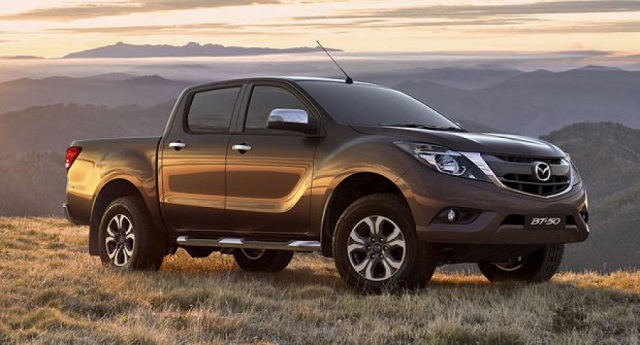 2020 Mazda BT-50 front view