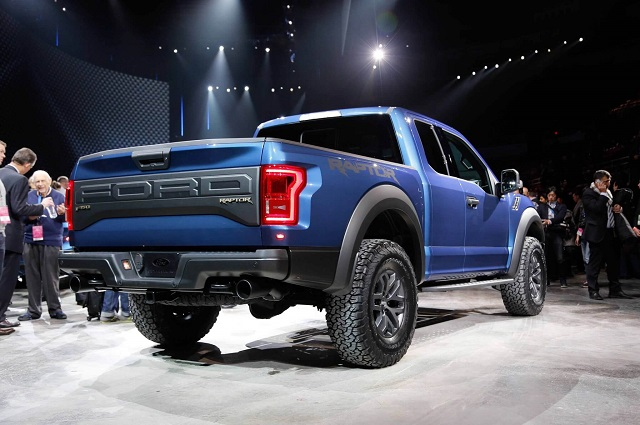 2019 F-150 Raptor rear view