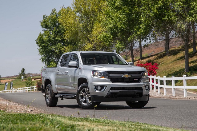 2020 Chevy Colorado front view