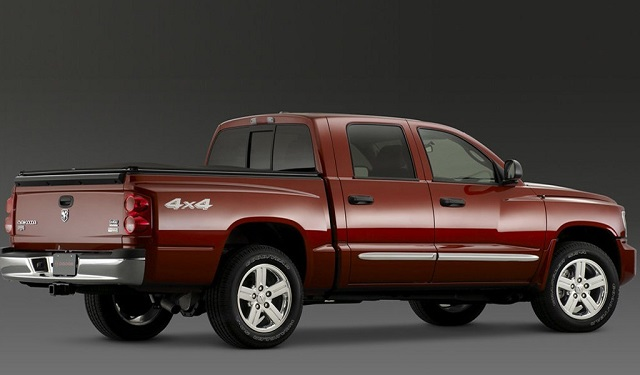 2020 Dodge Dakota rear view
