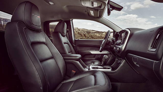 2020 Chevrolet Colorado ZR2 interior