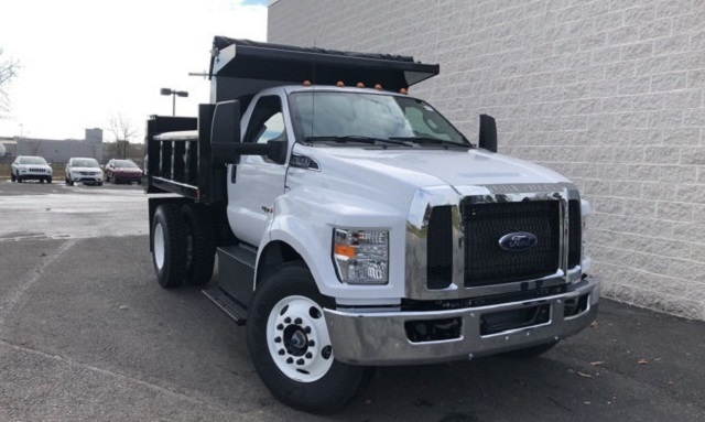 2019 Ford F-650 front view