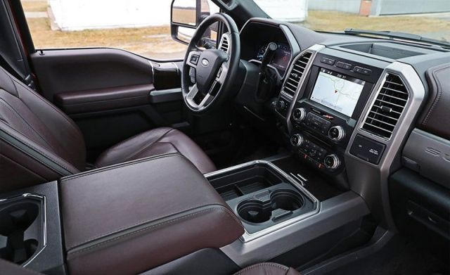 2020 Ford F-250 Diesel interior