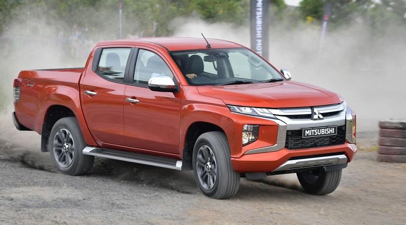 2020 Mitsubishi L200 (Triton) Review, Interior - 2020-2021 ...