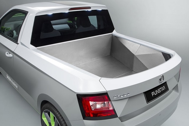 Skoda Pickup Truck Concept rear view