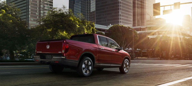 2020 Honda Ridgeline rear view