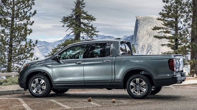2020 Honda Ridgeline Gets New Transmission, More Safety Features and Price Bump - 2020-2021 ...