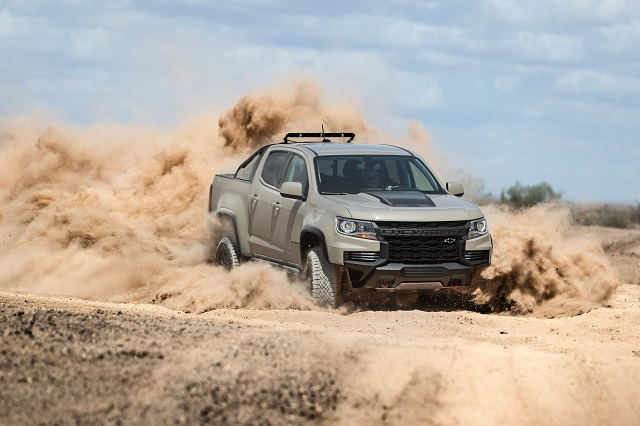 2021 Chevy Colorado Z71 front