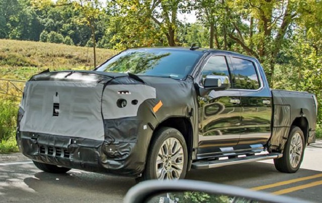 2022 GMC Sierra 1500 spy shot