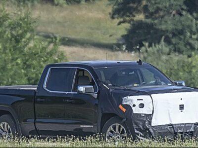 2022 GMC Sierra Denali Spy Shot