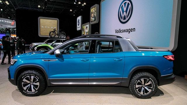 2022 VW Tarok side view
